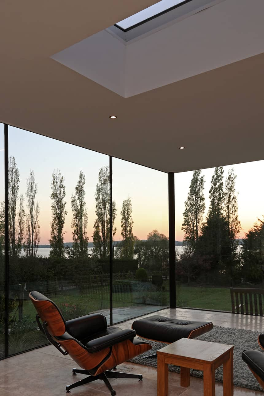 Focusing On Views With A Modern Addition To An Old House: Modern Glass Addition To Otherwise Traditional Home