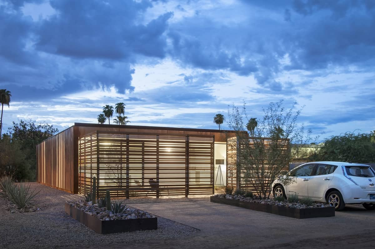 Award winning affordable vali homes prototype exceeds leed for Leed cabins