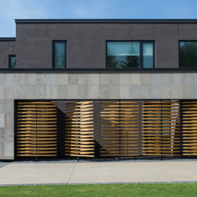 House Features Wall of Operable Reclaimed Douglas Fir Screens