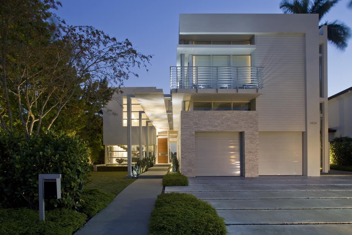 Coastal Home Design sophisticated coastal home design filled with luxury interiors