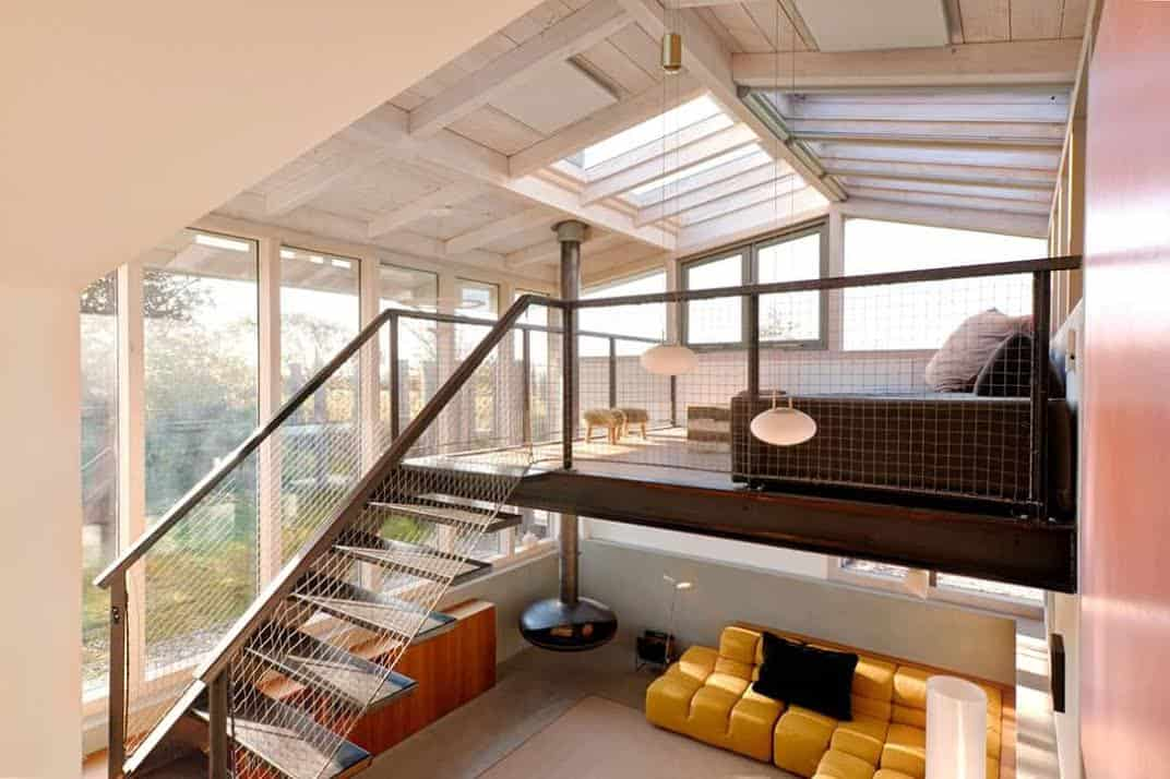 Dream holiday home design a loft with glass ceiling for Modern loft style house plans