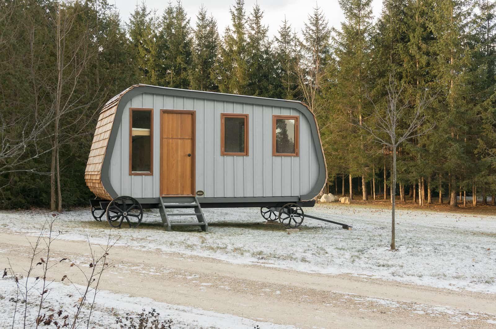 This Modern Prefab Hut on Wheels has all the Cabin Aesthetics
