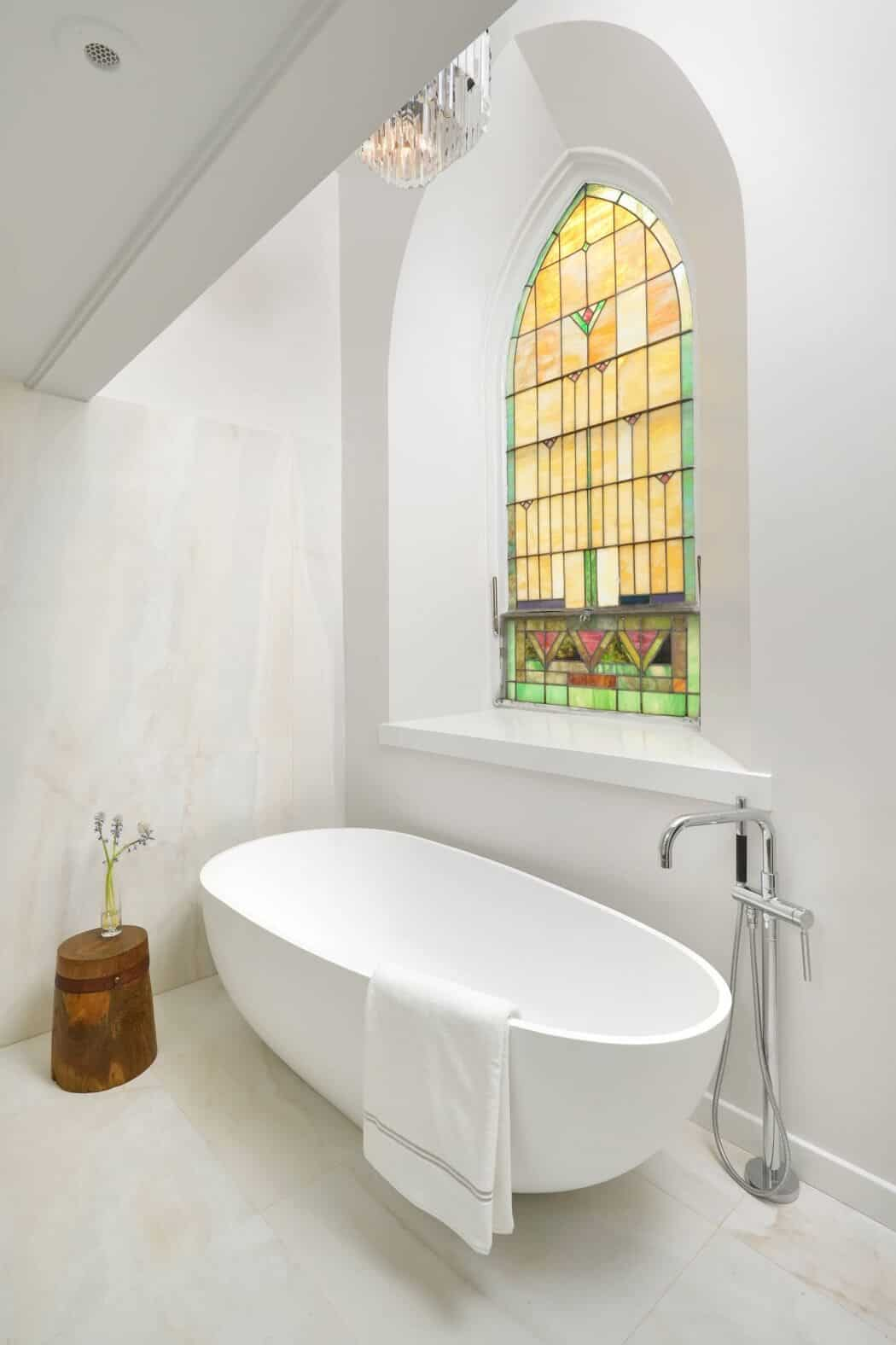Luxury View in gallery church conversion chicago linc thelen design