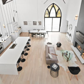 Chicago's Linc Thelen Converts Old Church into a Modern Wonder