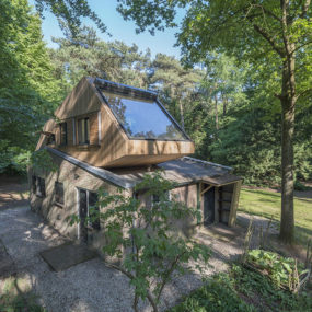 Roof Extension Lets You See Tree Tops Right from the Bedroom