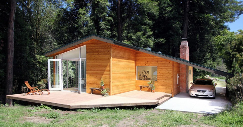 Small wood homes and cottages 16 beautiful design and for Modern wood house