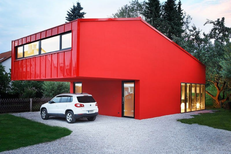 Paint House red exterior homes: paint the town