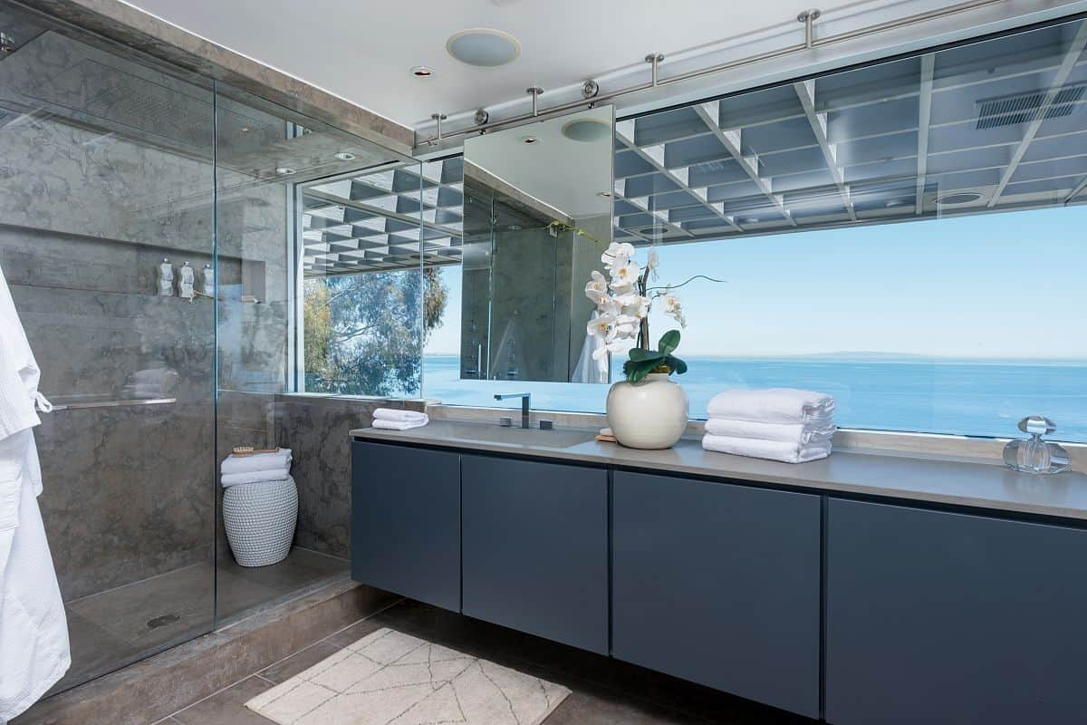 Modern Malibu Beach House Rooms With A View