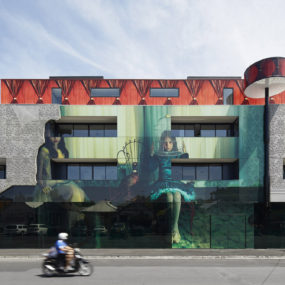 Home Architecture Goes Surreal When Mixed with Art
