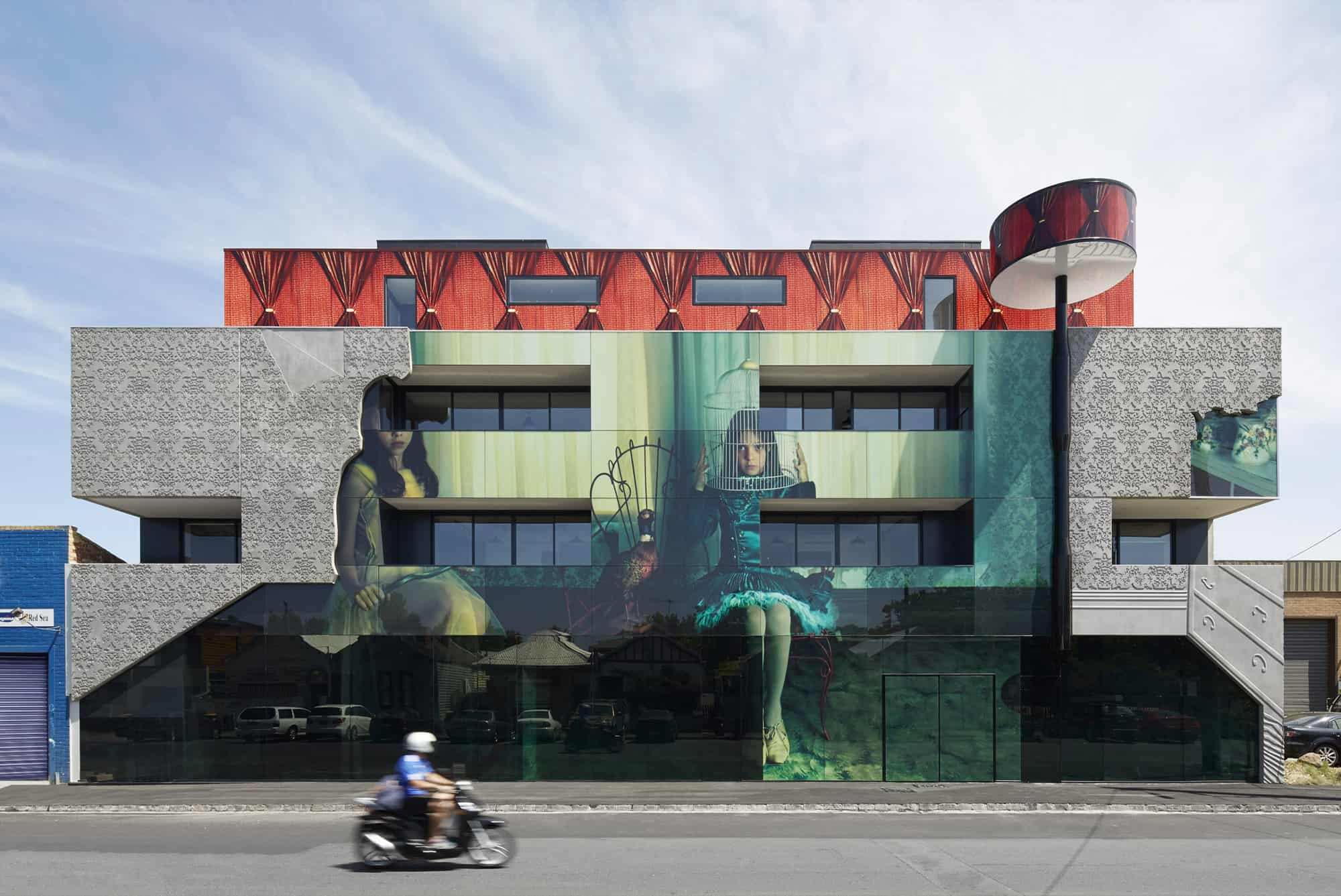 Home architecture goes surreal when mixed with art for What goes into building a house