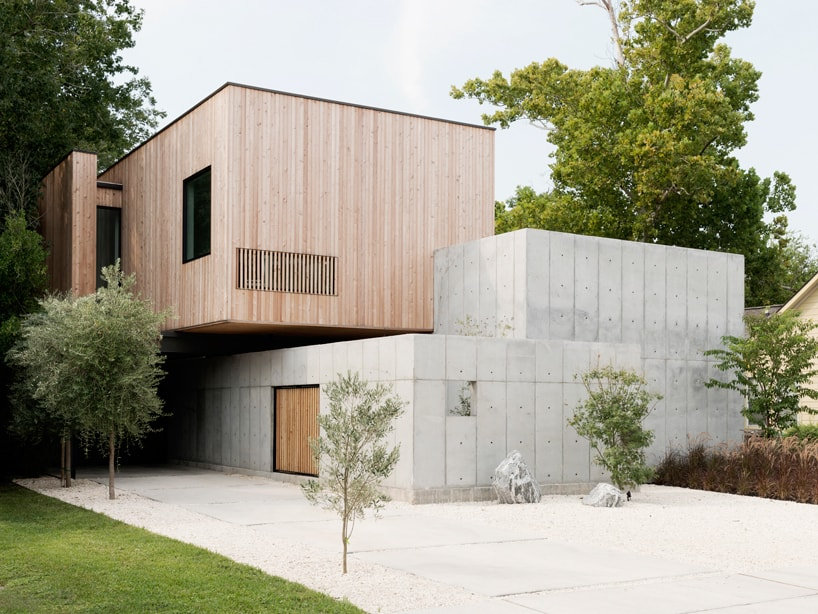 Concrete box house influenced by japanese design for Precast concrete home designs