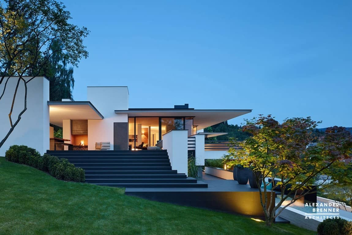 German contemporary house on top of the hill for Modern house