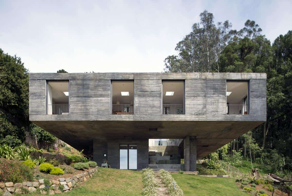 view in gallery - Concrete House 2016