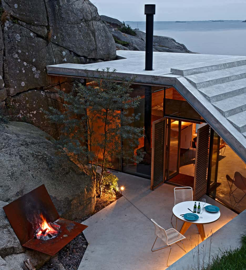 Seaside Cabin On The Rocks In Norway Knapphullet By Lund