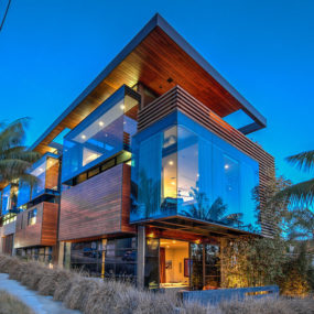 This Modern Marvel by Patrick Killen in Manhattan Beach is for Sale