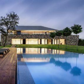 Custom Houses Designs, Inspiration, Photos - Trendir