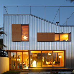 Cool French House with Corrugated Aluminium Facade and Roof Top Terrace