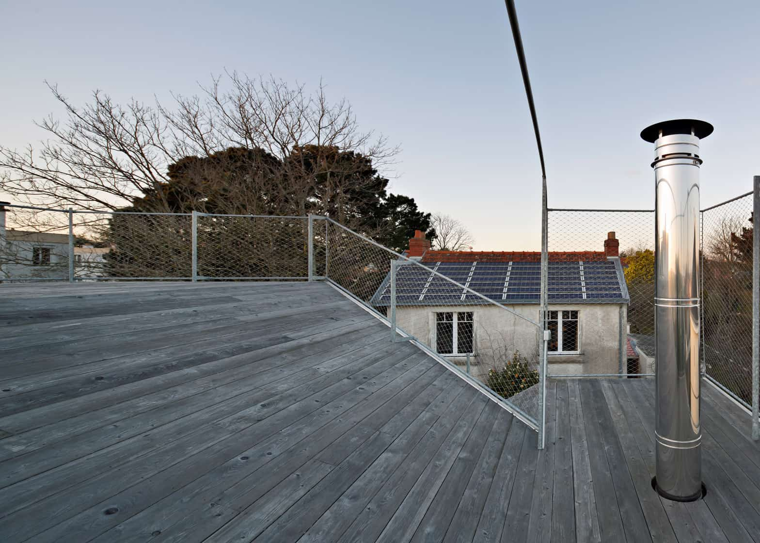 21 corrugated aluminium facade 1930s home extension