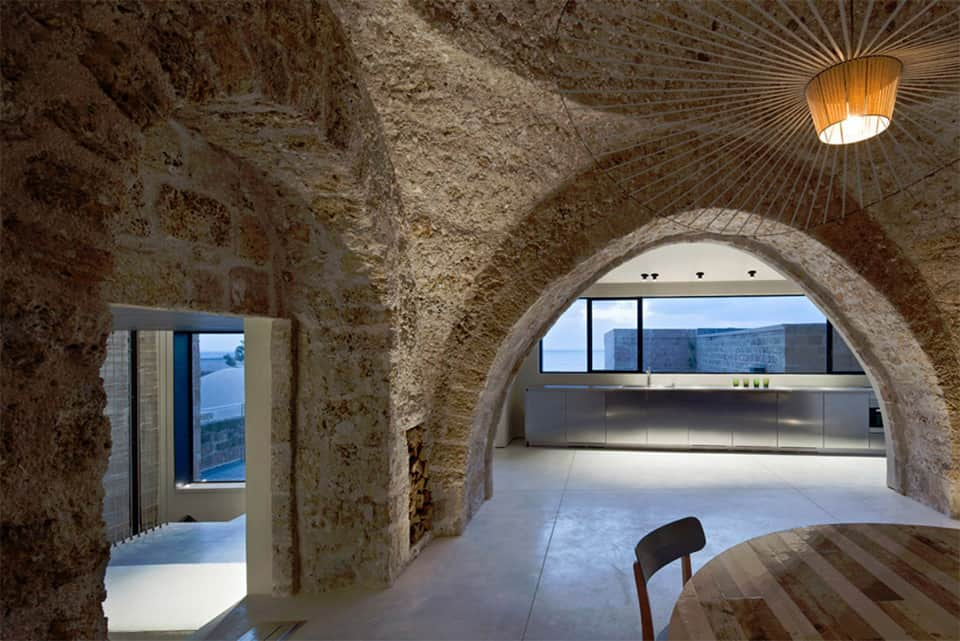 300 Year Old House Combines Authentic And Modern Architecture - Interesting-old-house-design