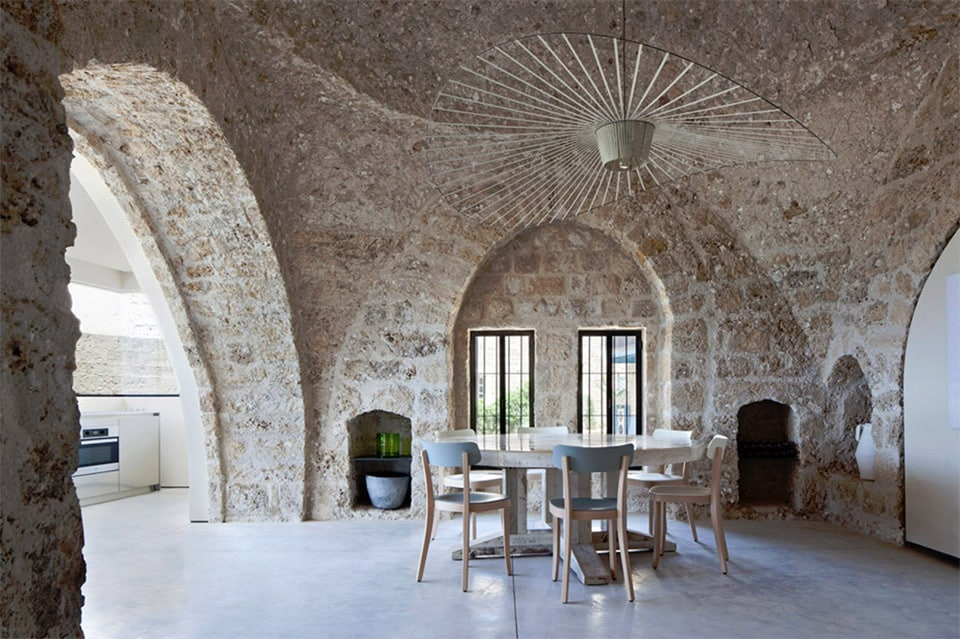 300 year old house combines authentic and modern architecture for Old home designs