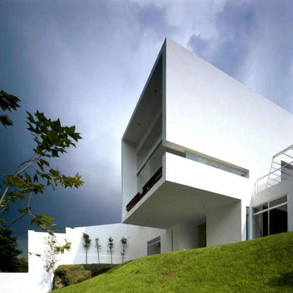 Mexican Contemporary Architecture Boasts Minimalist Apeal