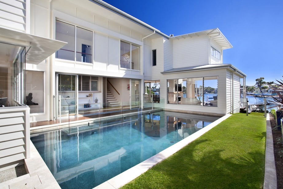 Airy Beachfront Home With Contemporary Amp Casual Style