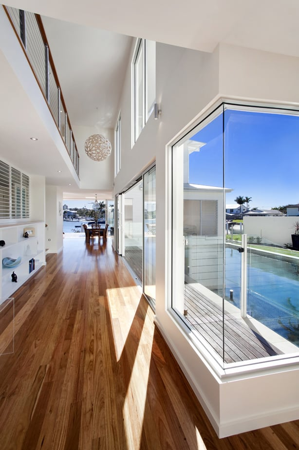 airy-beachfront-home-with-contemporary-casual-style-7.jpg