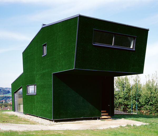 amalia house 1 Grass Covered House in Austria ... really?