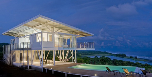 Eco friendly beach house in costa rica for Beachside home designs