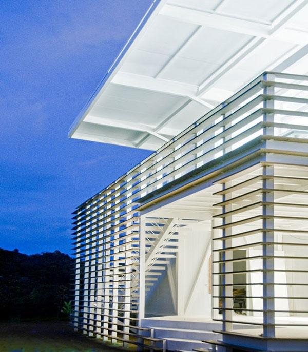 amazing beach houses eco friendly architecture 11