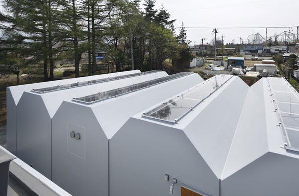 inside-outside-architecture-japan-3.jpg