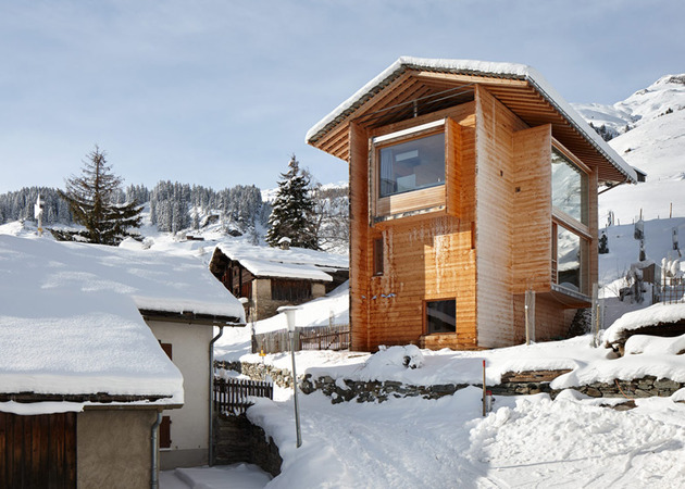 charming wood cabins swiss vals 1 thumb 630x450 8663 Charming Wood Cabins in Swiss village of Leis in Vals
