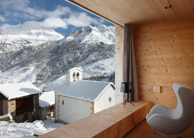 charming-wood-cabins-swiss-vals-3.jpg