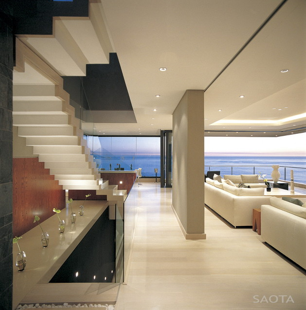 contemporary-coastal-house-for-family-living-entertaining-views-6.jpg