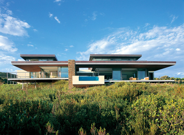 cove pezula estate knysna saota house 1 thumb 630x463 9592 South African paradise: Golf, Ocean, Sunsets and Infinity Pool