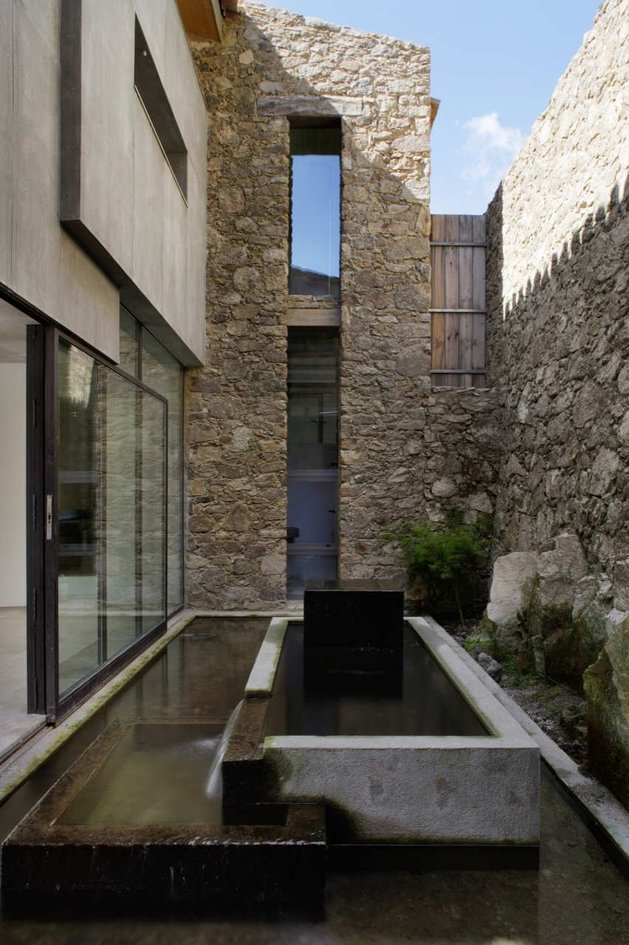 spanish-stable-turned-contemporary-stone home-8.jpg