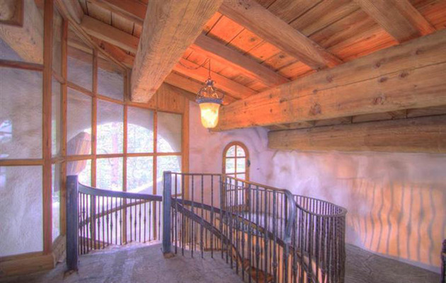 charming-euro-home-extreme-chalet-chic-8.jpg