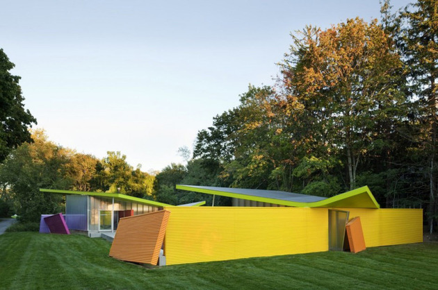 contemporary-cubist-house-in-new-york-nature-6.jpg