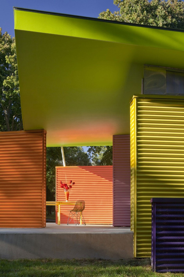 contemporary-cubist-house-in-new-york-nature-7.jpg