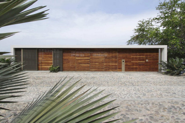 contemporary-view-house-in-mexican-paradise-3.jpg