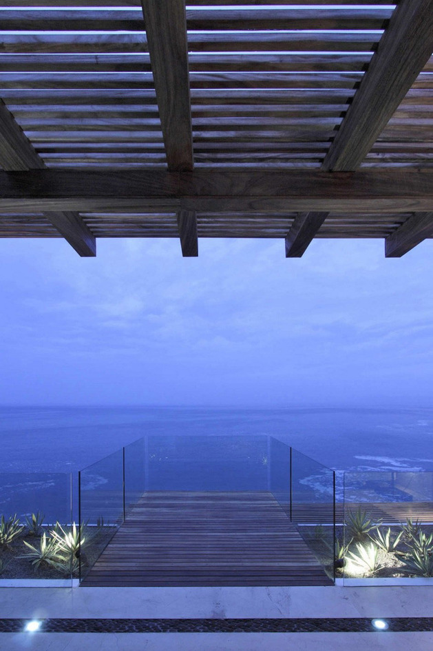 contemporary-view-house-in-mexican-paradise-7.jpg