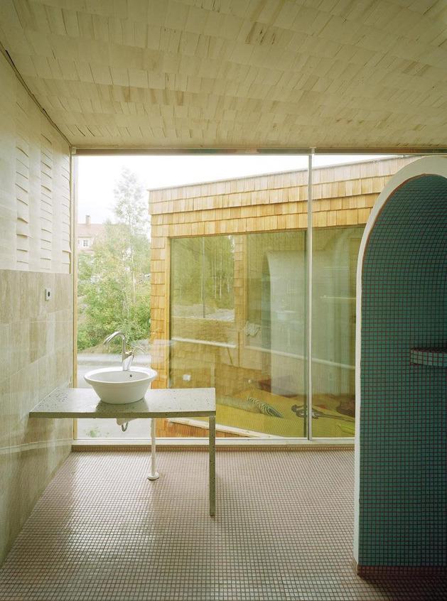 strange-spiral-seashell-house-in-finland-12.jpg