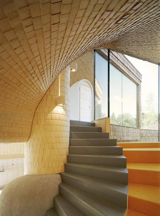 strange-spiral-seashell-house-in-finland-8.jpg