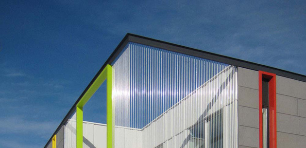 colorful-contemporary-house-with-a-bold-green-side-8.jpg