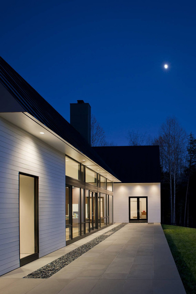 contemporary-take-on-the-warm-country-home-9.jpg
