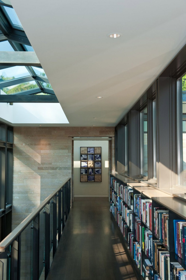 h-house-inspired-by-water-inside-and-out-21.jpg