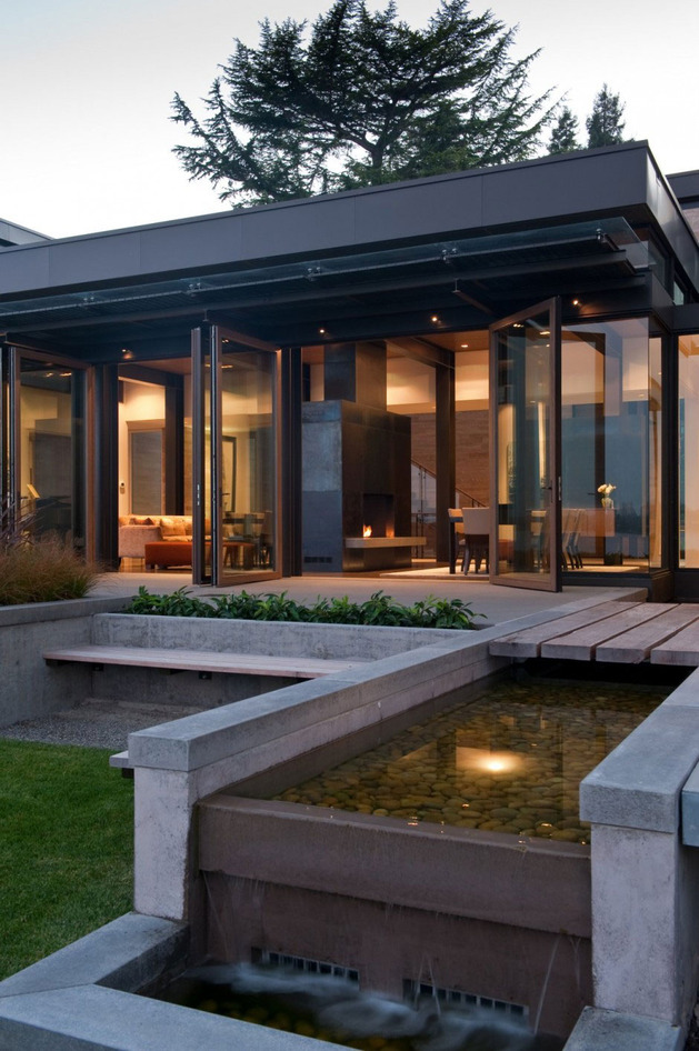 h-house-inspired-by-water-inside-and-out-3.jpg