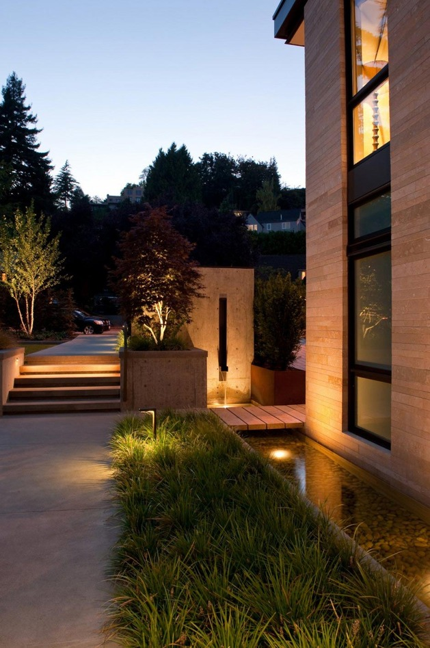 h-house-inspired-by-water-inside-and-out-5.jpg