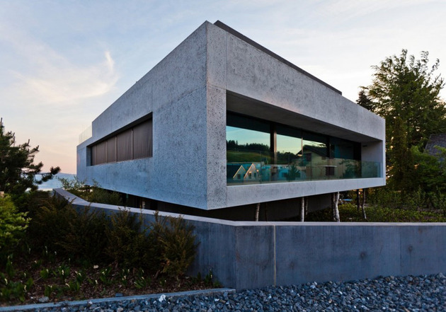 lots-of-style-space-in-one-cool-concrete-house-3.jpg