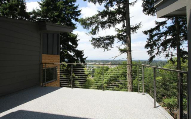modern-vertical-house-towers-among-the-trees-15.jpg